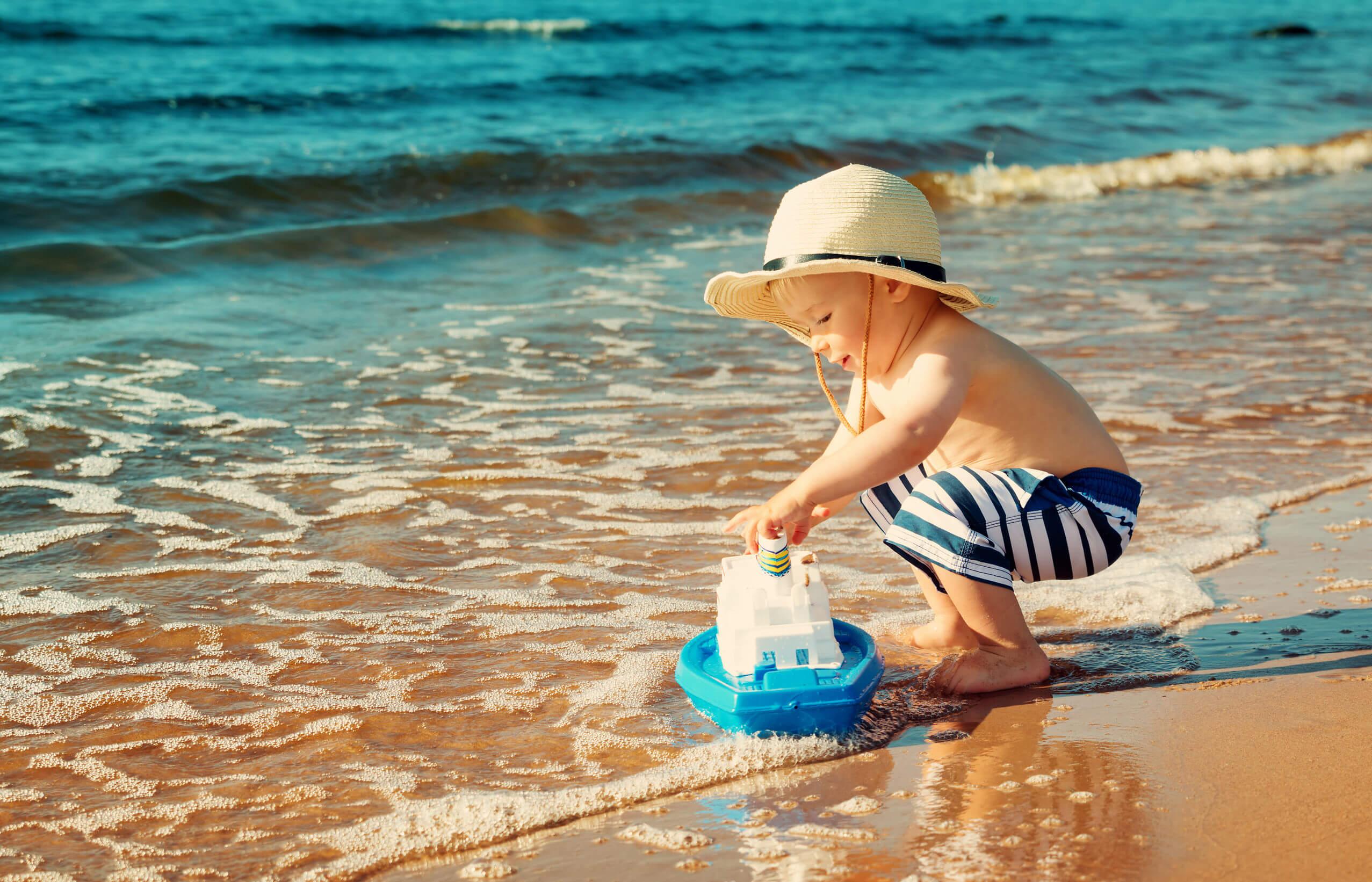 Картинки на море с малышом